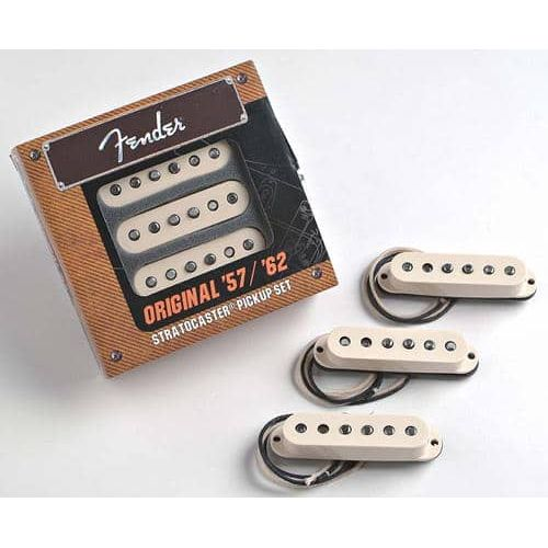 FENDER ORIGINAL 57/62 STRAT SET (3)